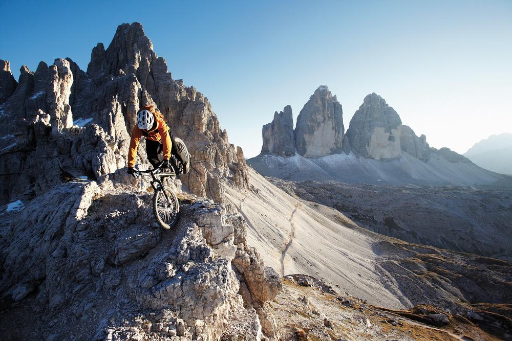 Hinterrad-Versetzen ist der fahrtechnische Schlüssel für alpine Wege © Sebastian Doerk I infinitetrails