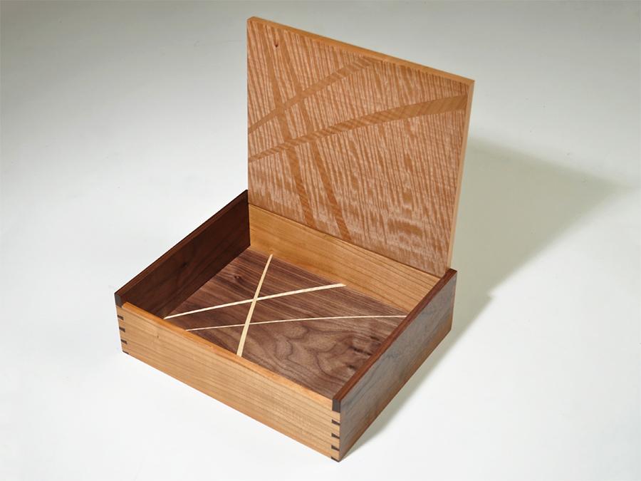 Box Fairly2.jpg