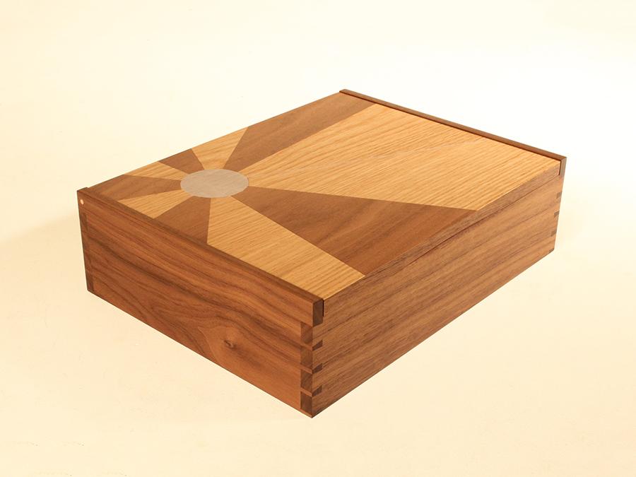 Box James.jpg