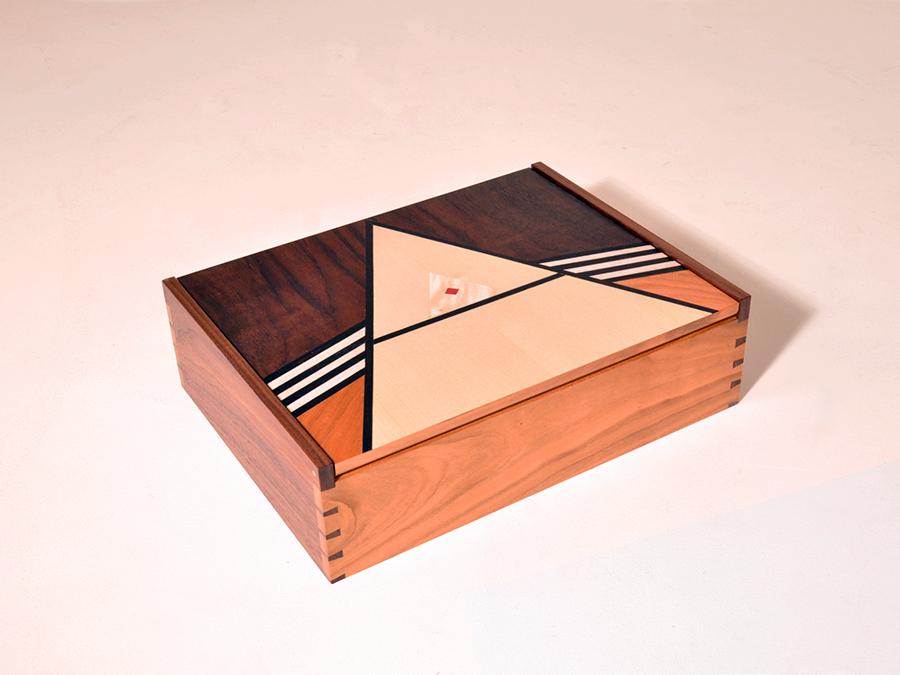 Box Dobinson.jpg