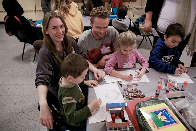 smilingfamilyservingothers.org