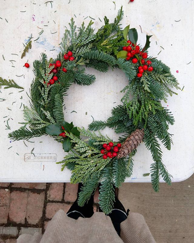 Wreath making! Christmas time is here. . . . #livingwithlocks #christmas #wreath #hollybush #trees #red #green #holidays #winter #winterwonderland #xmas #decorate #decoration #discoverpnw #pnw #oregon #classes #nursery #learnsomethingnew #explorepnw #adventure #gooutside #life #lovelife #happy #happyholidays #merrychristmas #happychristmas