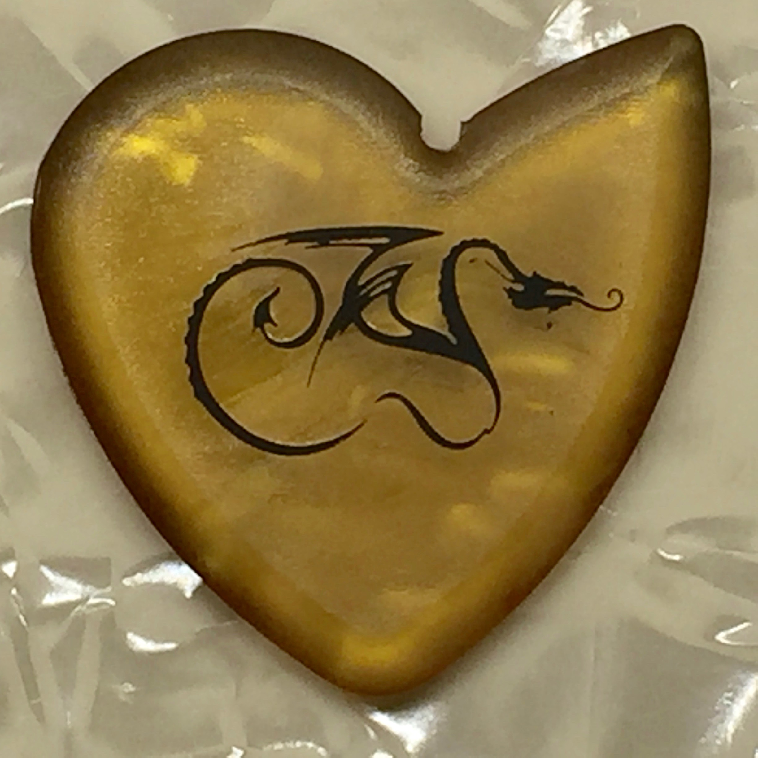 Shop Guitar Picks Dragon S Heart Guitar Picks