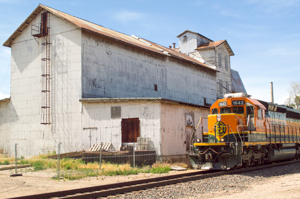 "Loveland Feed & Grain. Future Home of ""Arts at the Feed & Grain""    Nikon D3200 • Nikon 18-55mm lens • 30mm • F/8 • 1/200s • ISO 100"