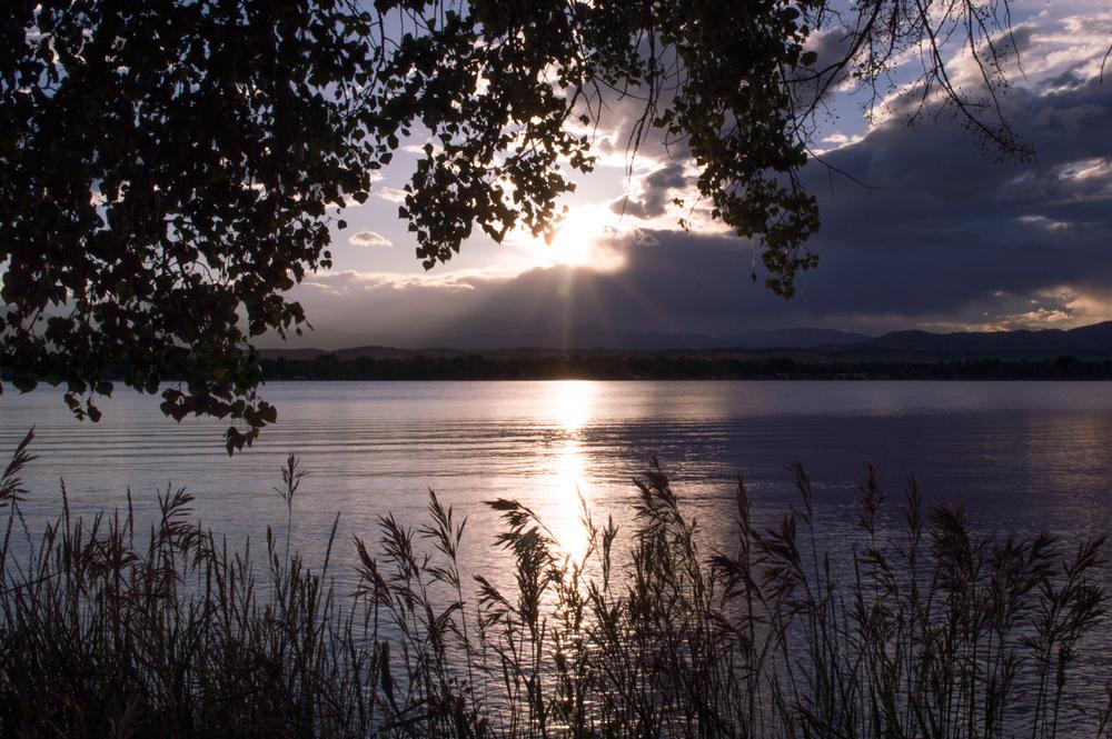Lake Loveland, CO    Nikon D3200 • Nikon 18-55mm lens • 26 mm • F/29 • 1/160s • ISO 100