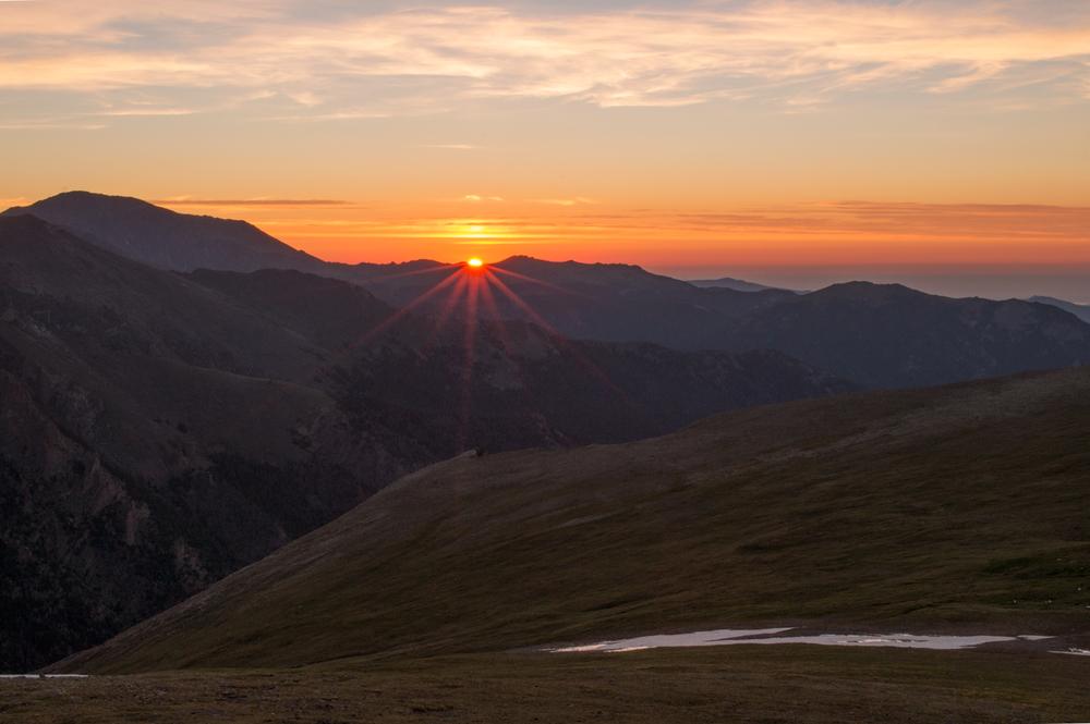 Sunrise on Trail Ridge Road    Nikon D3200 • Nikon 18-55mm lens • 34mm • F/29 • 1/8s • ISO 200