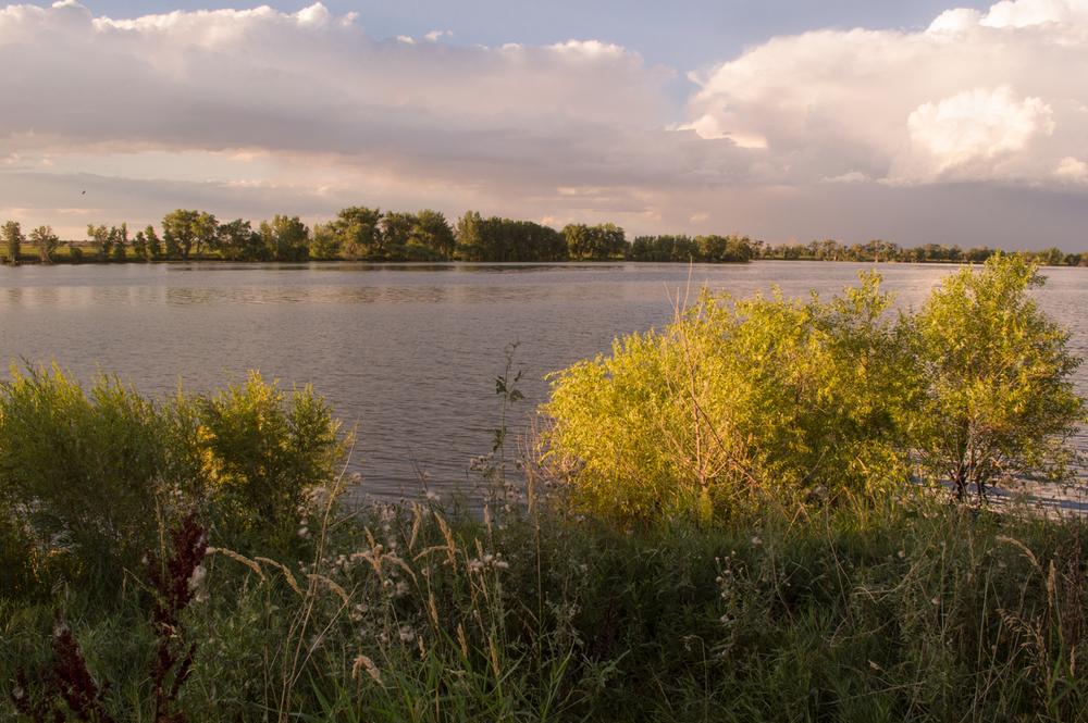 Fossil Creek Reservoir Natural Area    Nikon D3200 • Nikon 18-55mm lens • 18mm • F/16 • 125s • ISO 400