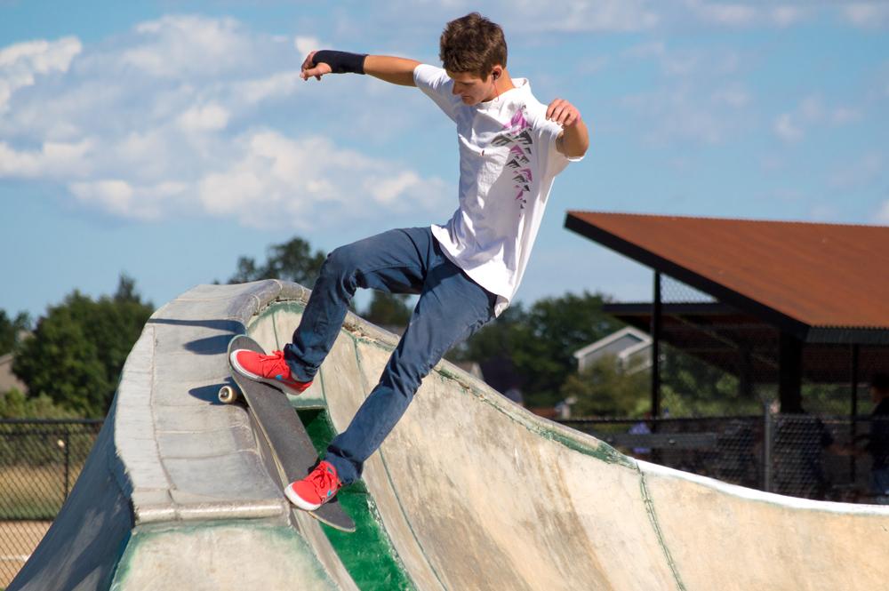 Skateboarder    Nikon D3200 • Nikon 55-200mm lens • 165mm • F7.1 • 1/2000s • ISO 320