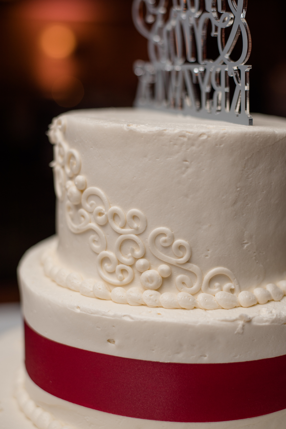 Can you find the hidden mickeys in the cake?!