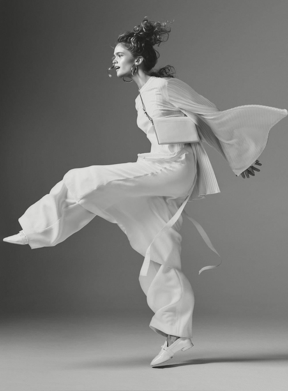 Elle-White-on-White-9.jpg