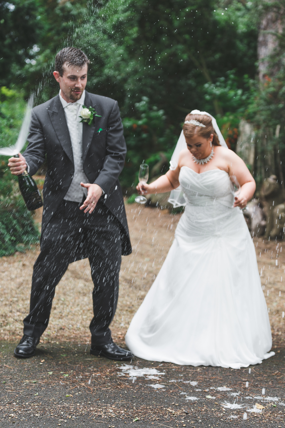 Northern_Ireland_Wedding_Photographer_Champagne