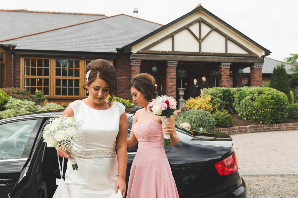 Northern_Ireland_Wedding_Photographer_Purephotoni_Weavers_Lodge_Bridal_Car