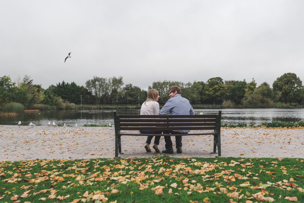 Northern_Ireland_Engagement_Photography_purephotoni_Lurgan_Park_Bird