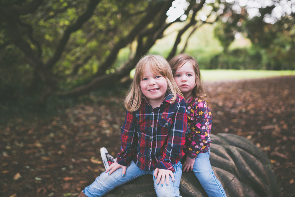 Northern_Ireland_Family_Photographer_Purephotoni_Lady_Dixons_Park_Maddison_and_Eden