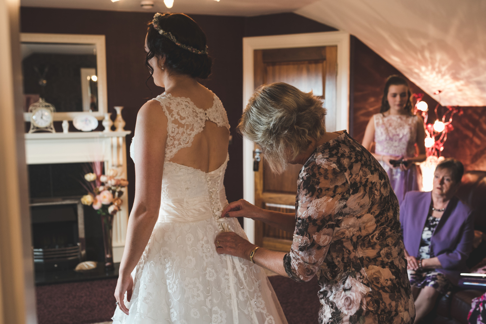 Northern_Ireland_Wedding_Photographer_Pure_Photo_NI_Shauna_Lewis_Causeway_Lodge_Dress
