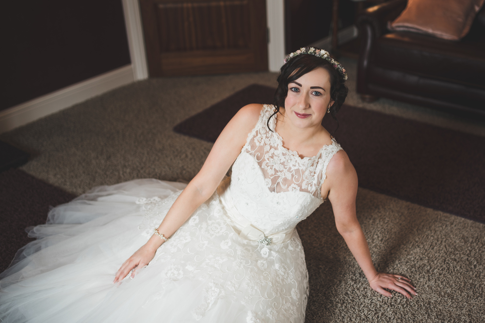 Northern_Ireland_Wedding_Photographer_Pure_Photo_NI_Shauna_Lewis_Causeway_Lodge_Dress_Bride_Ready