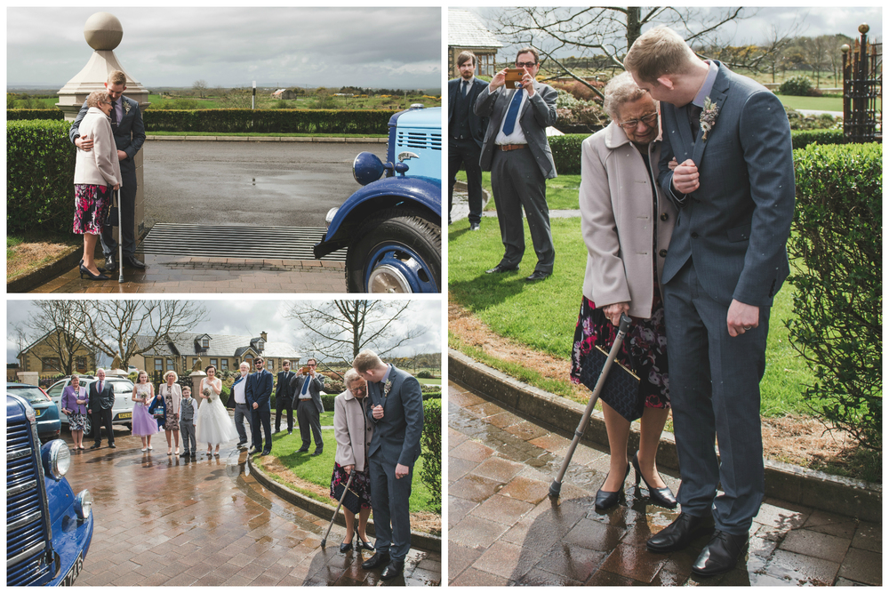 Northern_Ireland_Wedding_Photographer_Pure_Photo_NI_Shauna_Lewis_Causeway_Lodge_Vintage_Bus