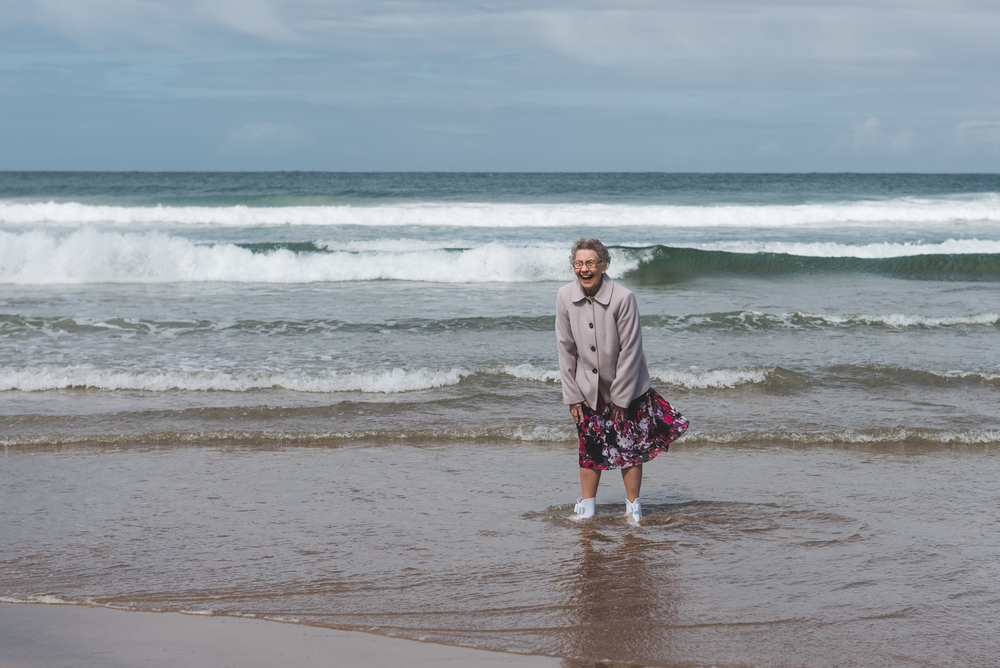 Northern_Ireland_Wedding_Photographer_Pure_Photo_NI_Shauna_Lewis_White_Rocks_Beach_Granny