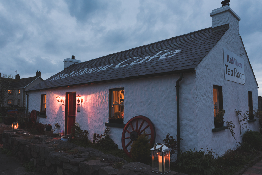 Northern_Ireland_Wedding_Photographer_Pure_Photo_NI_Shauna_Lewis_Red_Door_Tea_Room_Ballintoy_at_night