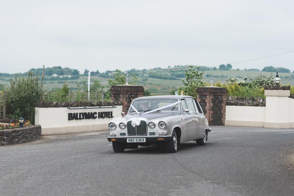 Ballymac_hotel_wedding_lisburn_bride_arrival