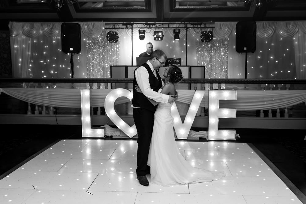 Ballymac_hotel_wedding_first dance