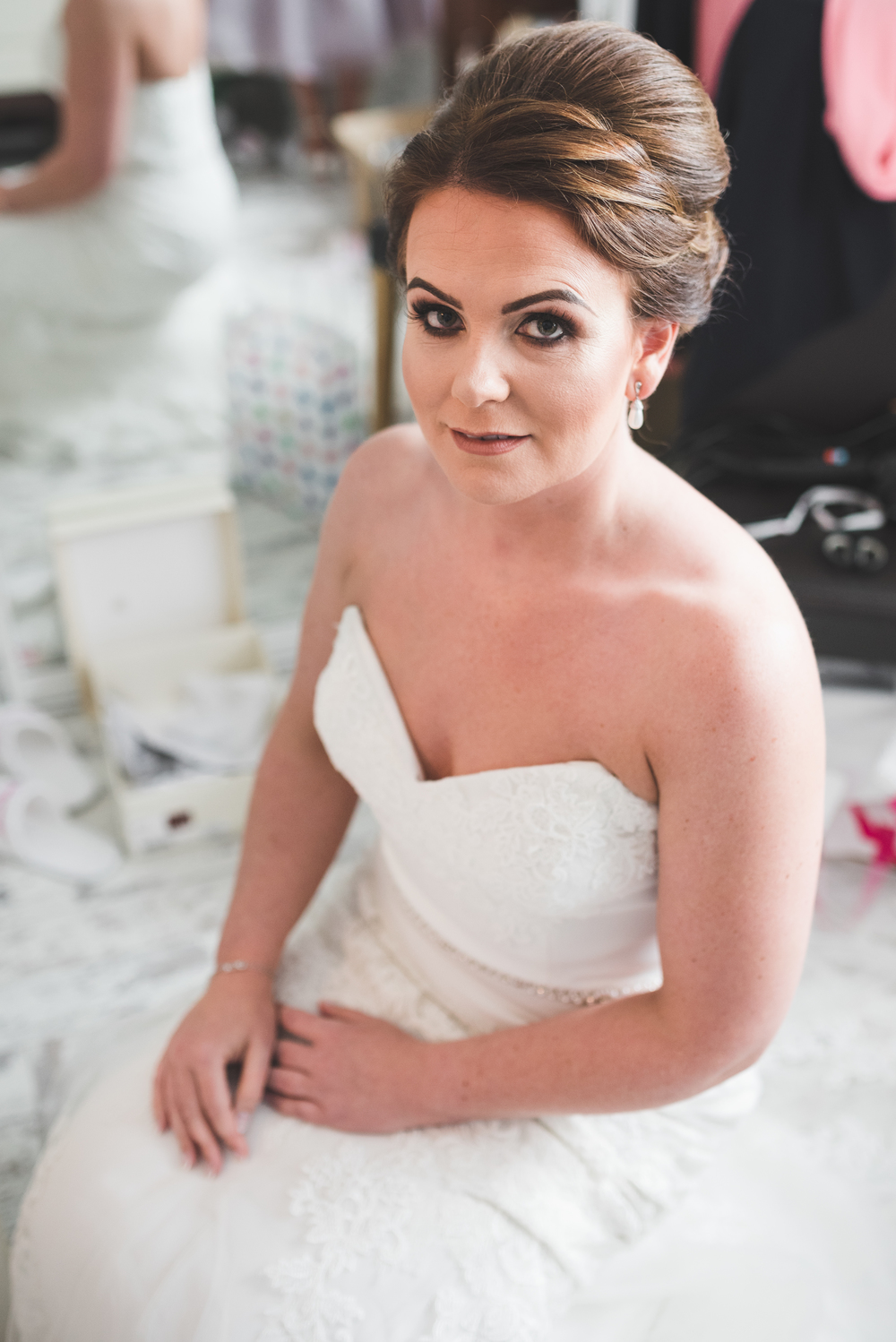 Belfast Wedding Photographer purephotoni Ramada Plaza Bride ready
