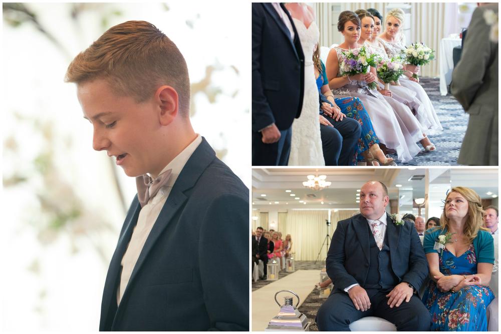 Belfast Wedding Photographer purephotoni Ramada Plaza ceremony readings