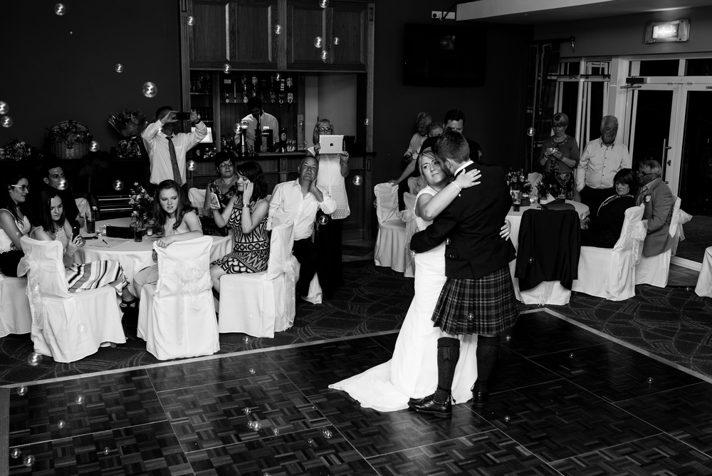 Lisburn Wedding Photographer Pure Photo N.I Edenmore Country Club first dance