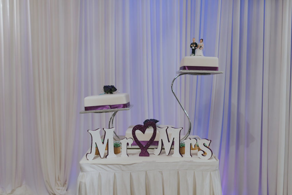 Bushtown Hotel Wedding Photographer Pure Photo N.I cake