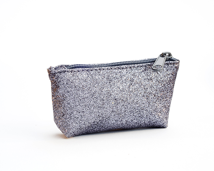 tony marin, photographer, product photography, Melbourne, tony marin, pouch, big dreams