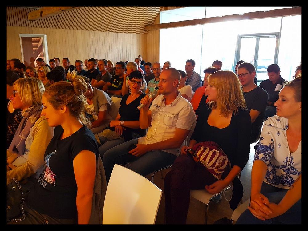 Bild 4 Podiumsgespräch 27.06.2016.jpg