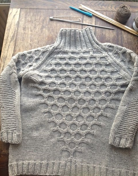 Grey mens sweater 2.JPG