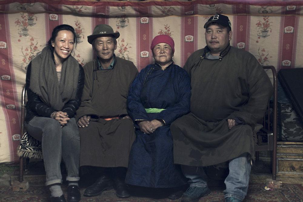 Tengri_Mongolian_family.jpg