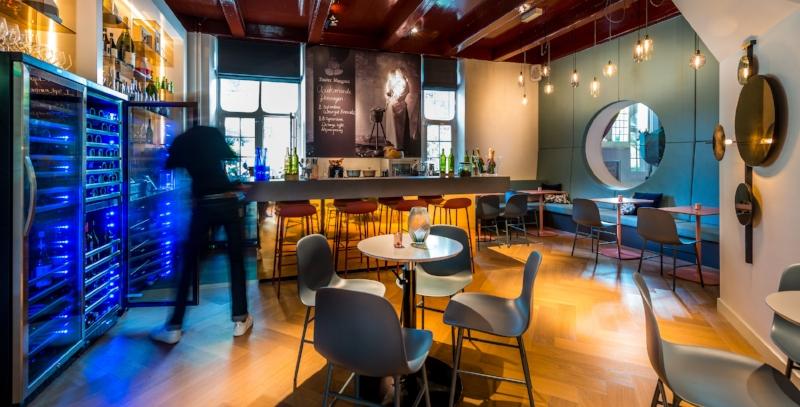 Bar  Capaciteit 20 personen Zaalverhuur vanaf €150,-