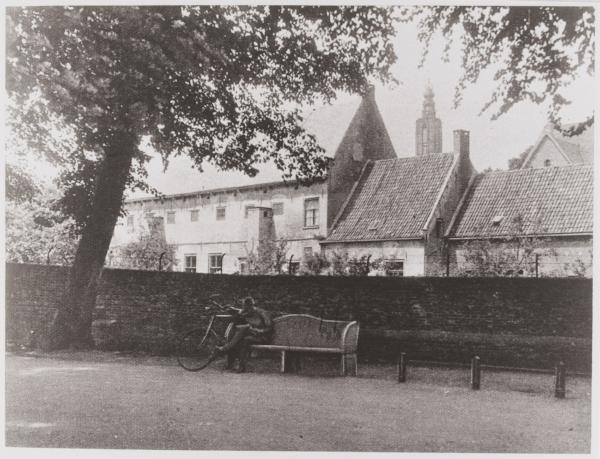 Mariënhof vanuit Plantsoen Zuid. Circa 1914