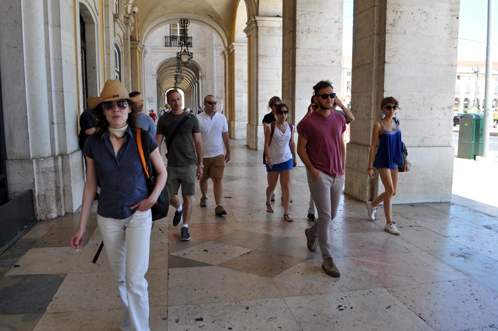 Português Et Cetera_Learning Tour_Fim da Monarquia, Implantação da República, Estado Novo e Revolução dos Cravos_foto1