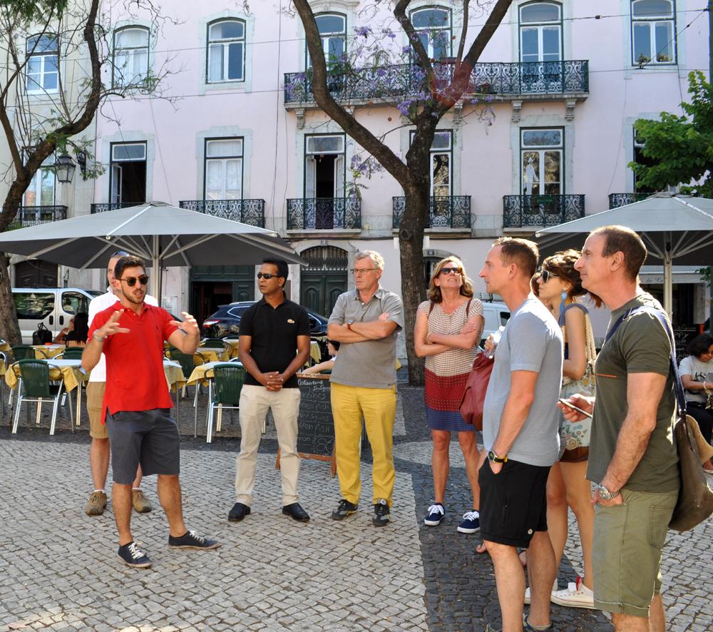 Português Et Cetera_Learning Tour_Fim da Monarquia, Implantação da República, Estado Novo e Revolução dos Cravos_foto6