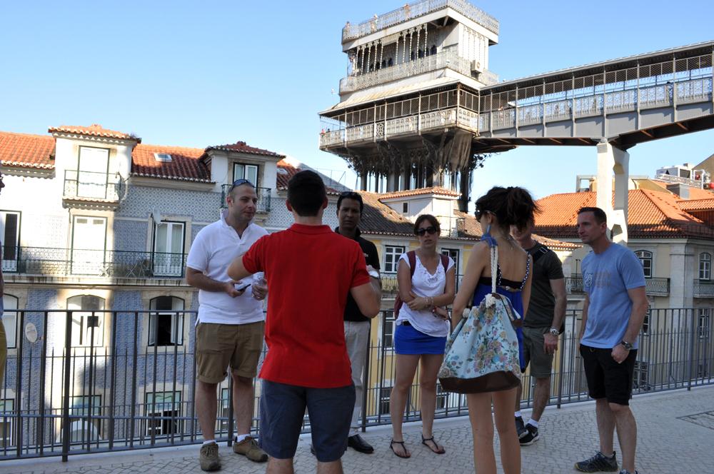 Português Et Cetera_Learning Tour_Fim da Monarquia, Implantação da República, Estado Novo e Revolução dos Cravos_foto12