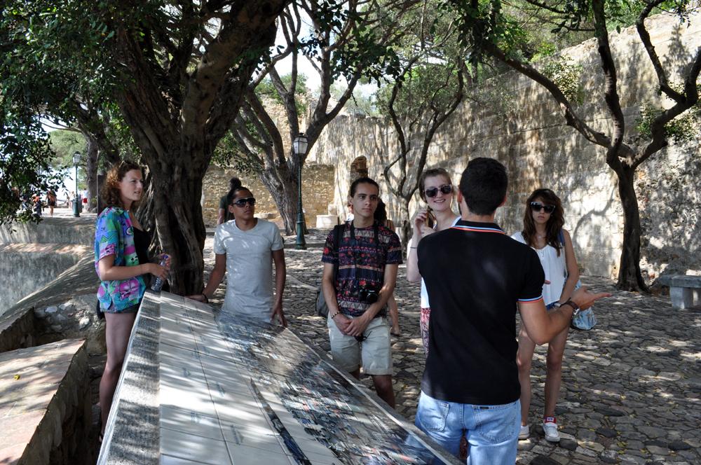 Português Et Cetera Learning Tour to Castelo De São Jorge foto3