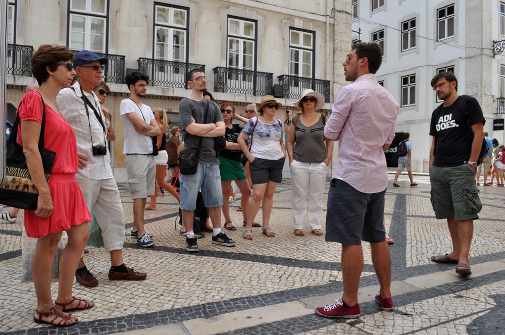 Portugues et Cetera_Learning Tour_Terramoto de 1755, Ruínas e Reconstrução_3.jpg