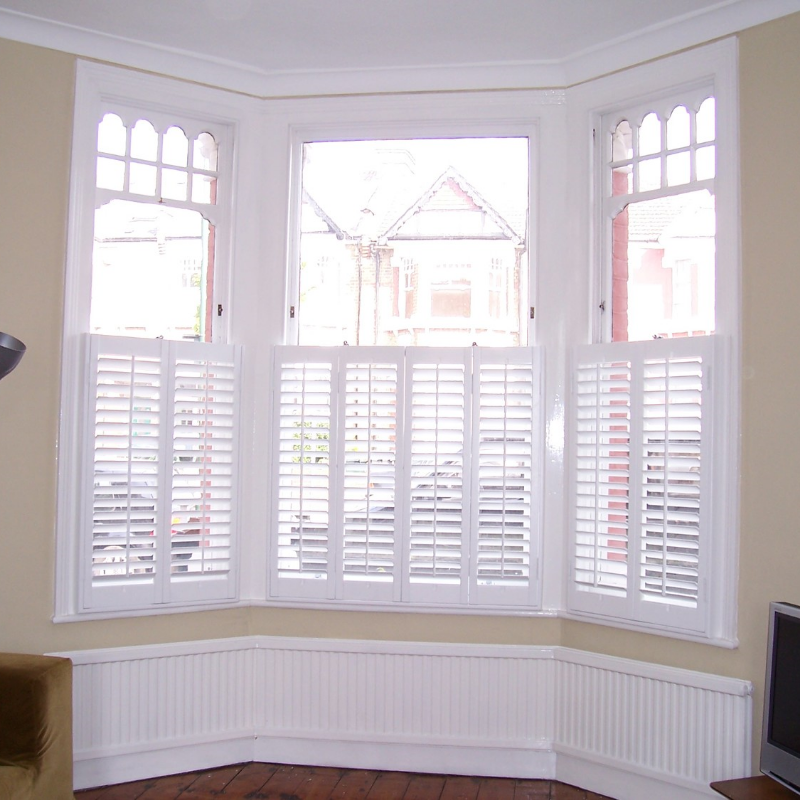 Window shutters scotland plantation shutters scotland for Window shutters