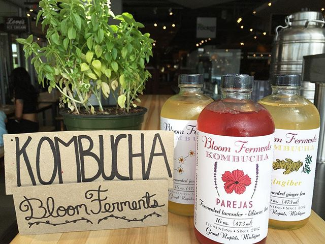 @bloomferments kombucha is stocked again😃 current flavors: Parejas, Zingiber and Fermented Jasmine