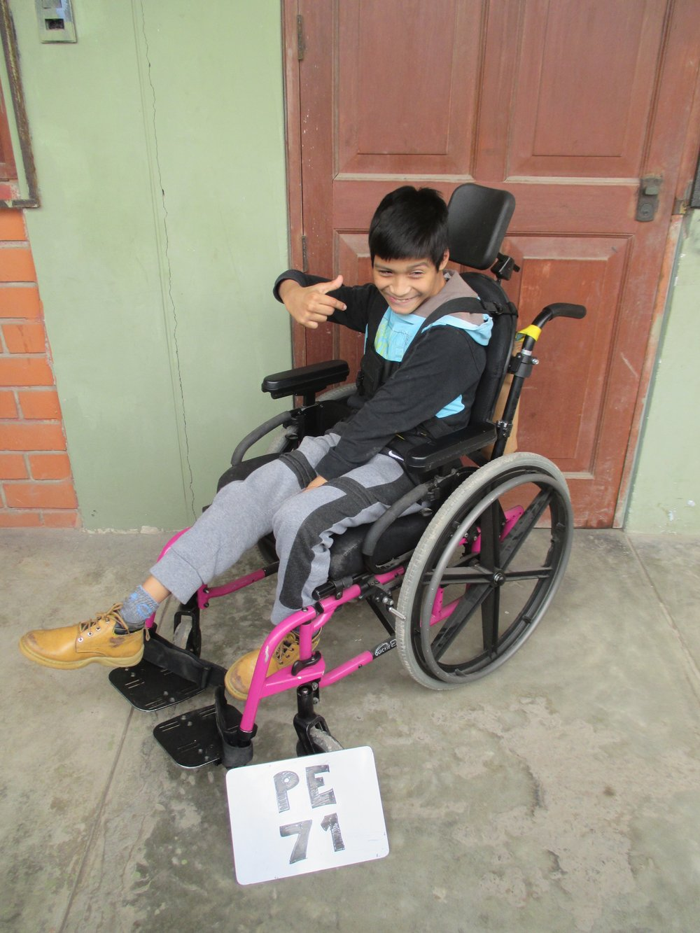 Hector has Cerebral Palsy so his Dad had to carry him everywhere. Then, he received a wheelchair from the Peruvian Physical Therapy Program and can now get around on his own.