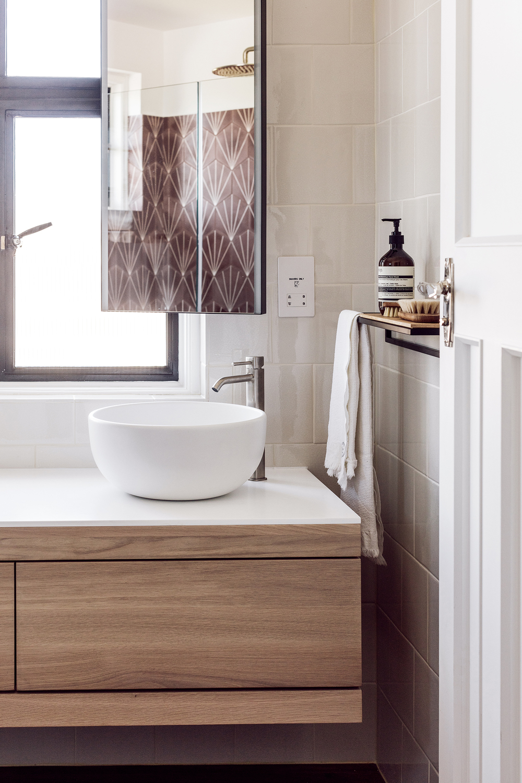 Bathroom interior design london international for Bathroom interior design london