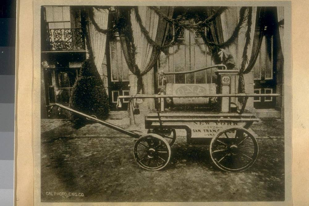 Copy of San Francisco's 1st Fire Engine 1849