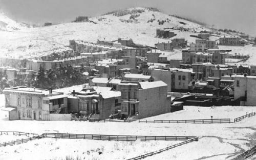 sfo_snow_1887 twin peaks.jpg