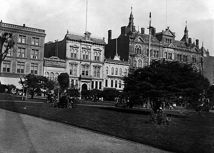 North side of Square 1905