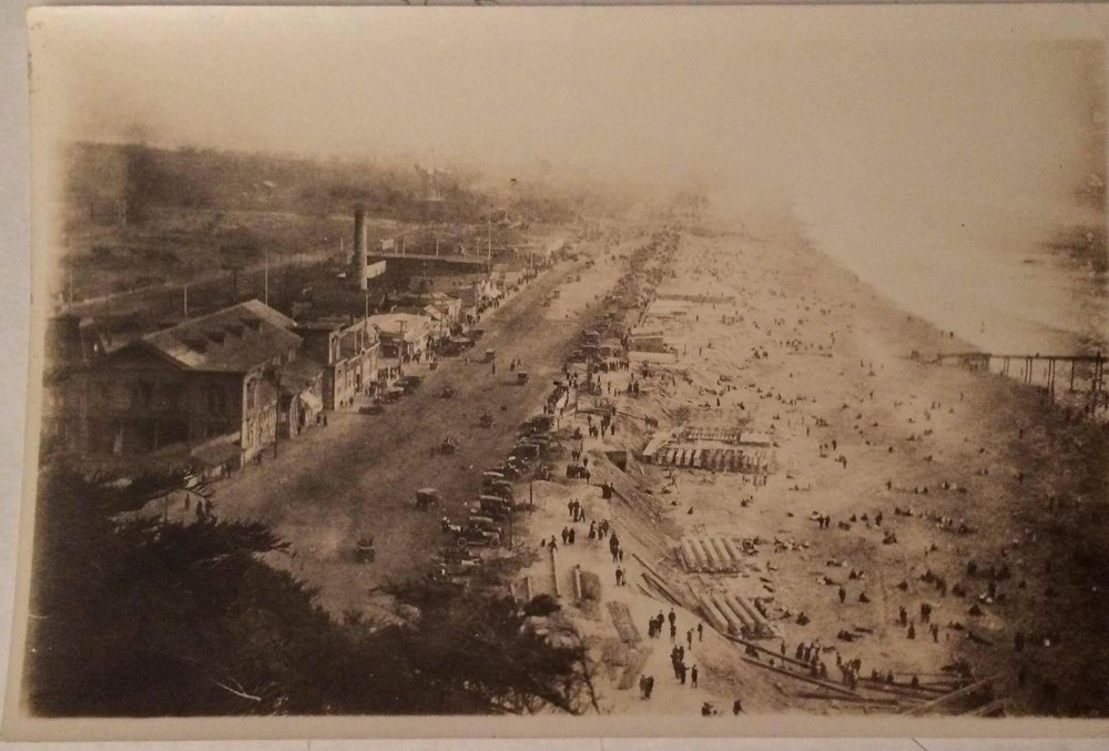 Ocean Beach 1916 w/ Lurline Pier at right