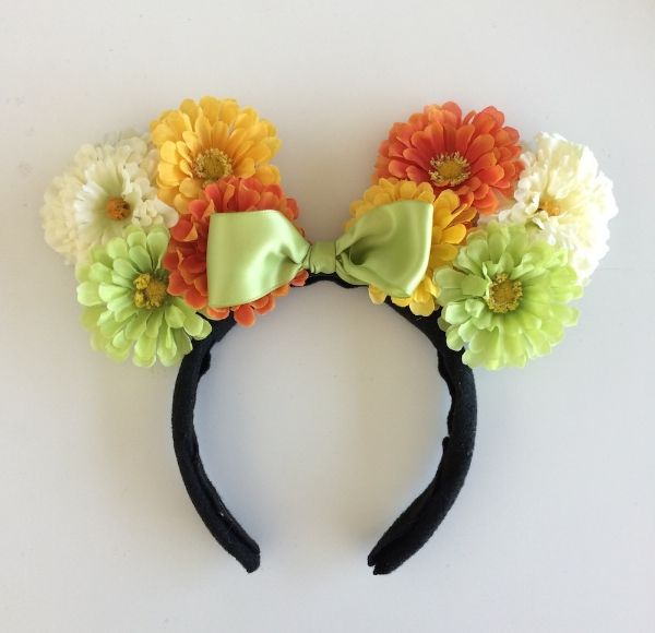 Floral Ears from Disney/Style (click the picture to go directly to the tutorial)
