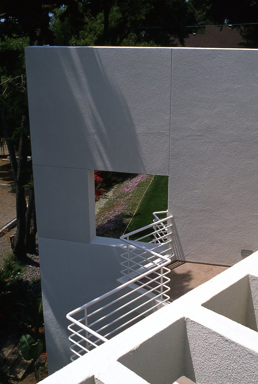 img548.jpg